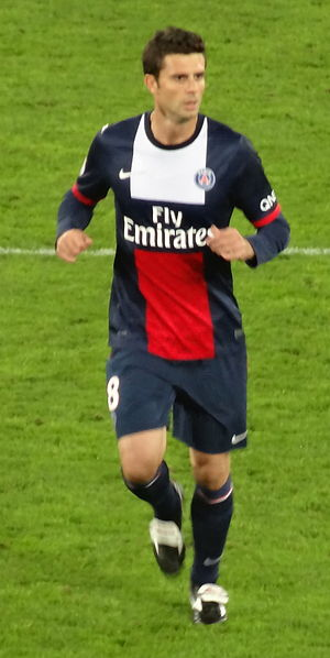 Thiago Motta - Motta playing with PSG in 2013