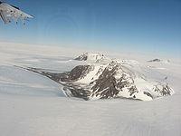 Thiel Mountains close.jpg
