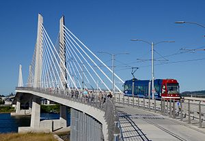 Loop Service (Portland Streetcar) - A streetcar on the B Loop service starting to cross the Tilikum Crossing in 2016