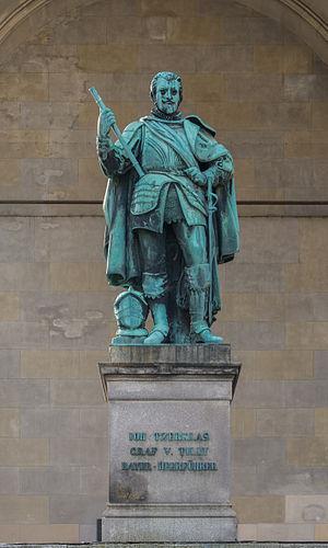 Johann Tserclaes, Count of Tilly - Bronze statue of Count Tilly in the Feldherrnhalle on Odeonsplatz in Munich