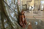 Tiny monkey @ Petit Palais @ Paris (34760812081).jpg