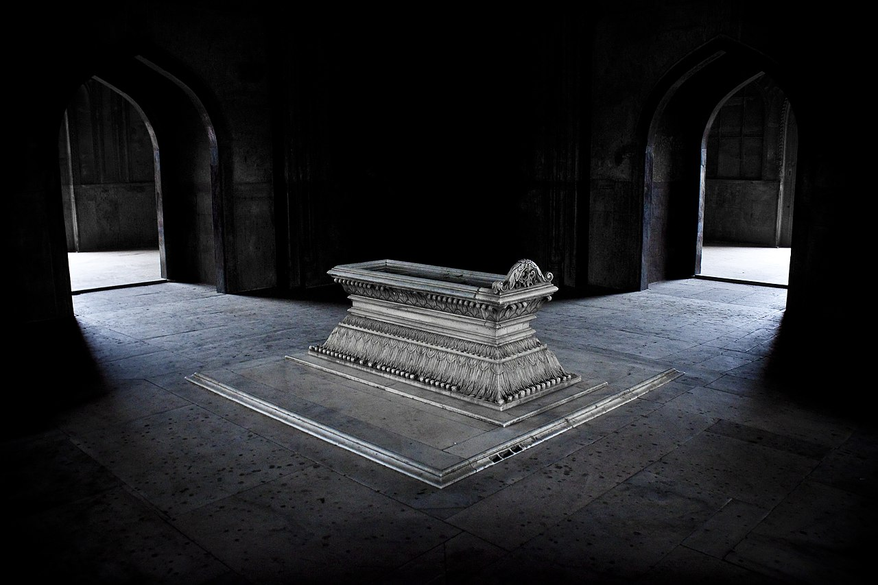 Archivo:Tomb of Safdarjung, New Delhi.jpg - Wikimedia España