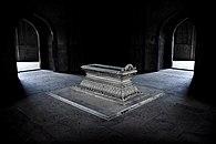 Tomb of Safdarjung, New Delhi.jpg