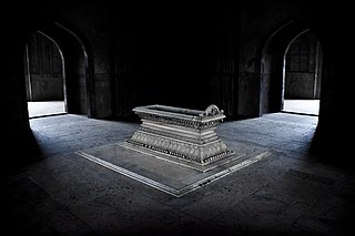 Last year's first prize winner - The Tomb of Safdarjung, New Delhi by Pranav Singh