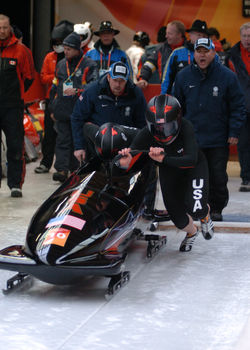 Torino 2006 USA-1 2women bobsled start.jpg