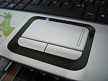 Il s'agit du paramètre qui diminue la sensibilité au clic du pavé tactile,  et diminue donc les risques de déplacement du curseur (engendrés par un ...