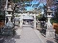 Toyotamahime-jinja San-no-torii.jpg