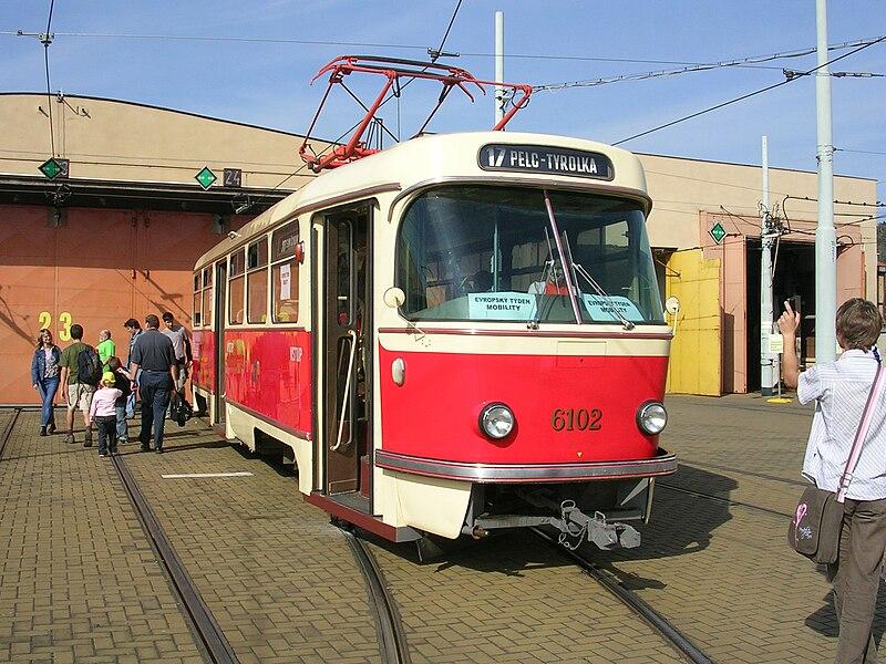 File:Tram Tatra T3 Praha 6102.jpg