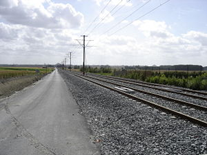Valenciennes tramway - Line A crosses some countryside areas between Hérin and Denain