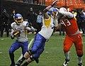 Tyler Ervin running play at 2012 Military Bowl.jpg