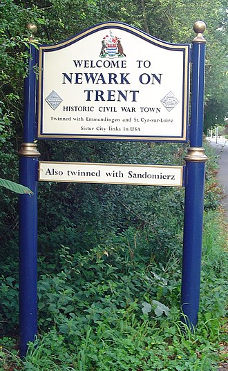 Newark-on-Trent - Signpost in Newark-on-Trent