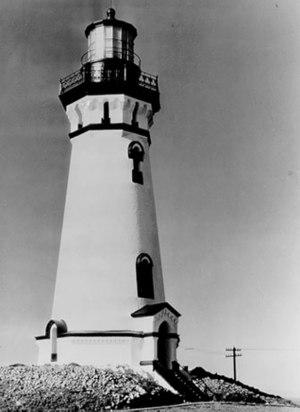 Piedras Blancas Light Station - Piedras Blancas lighthouse (circa 1930) prior to removal of upper three levels.