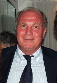 Uli Hoeness during his talk with Peter Grimberg. 2010 year.png
