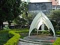 Uma capela estilizada em forma de Gruta - panoramio.jpg