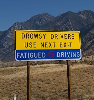 Sleep-deprived driving - Unique warning sign on Interstate 15 in Utah