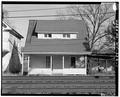 VIEW NORTH, SOUTH FRONT - 102 Railroad Avenue (House), 102 Railroad Avenue, Alderson, Greenbrier County, WV HABS WVA,32-ALD,1-1.tif