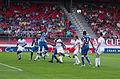 Valais Cup 2013 - OM-FC Porto 13-07-2013 - Envol sur coup franc.jpg
