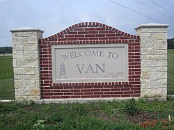 Van, TX, welcome sign IMG 6608.jpg