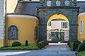 Velden Seecorso 10 Schlosshotel Rustikaportal N-Ansicht 24102019 7271.jpg