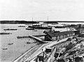 Venäjän Itämeren laivaston sotasatama Katajanokan pohjoisrannassa - N257955 (hkm.HKMS000005-00000u8a).jpg