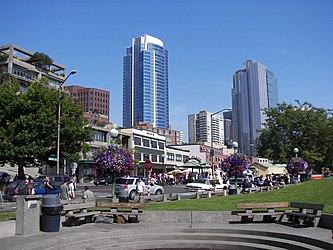 Victor Steinbrueck Park, Seattle 2.jpg