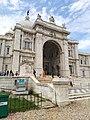 Victoria memorial 1+.jpg