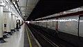 Victoria station MMB 12 460001.jpg