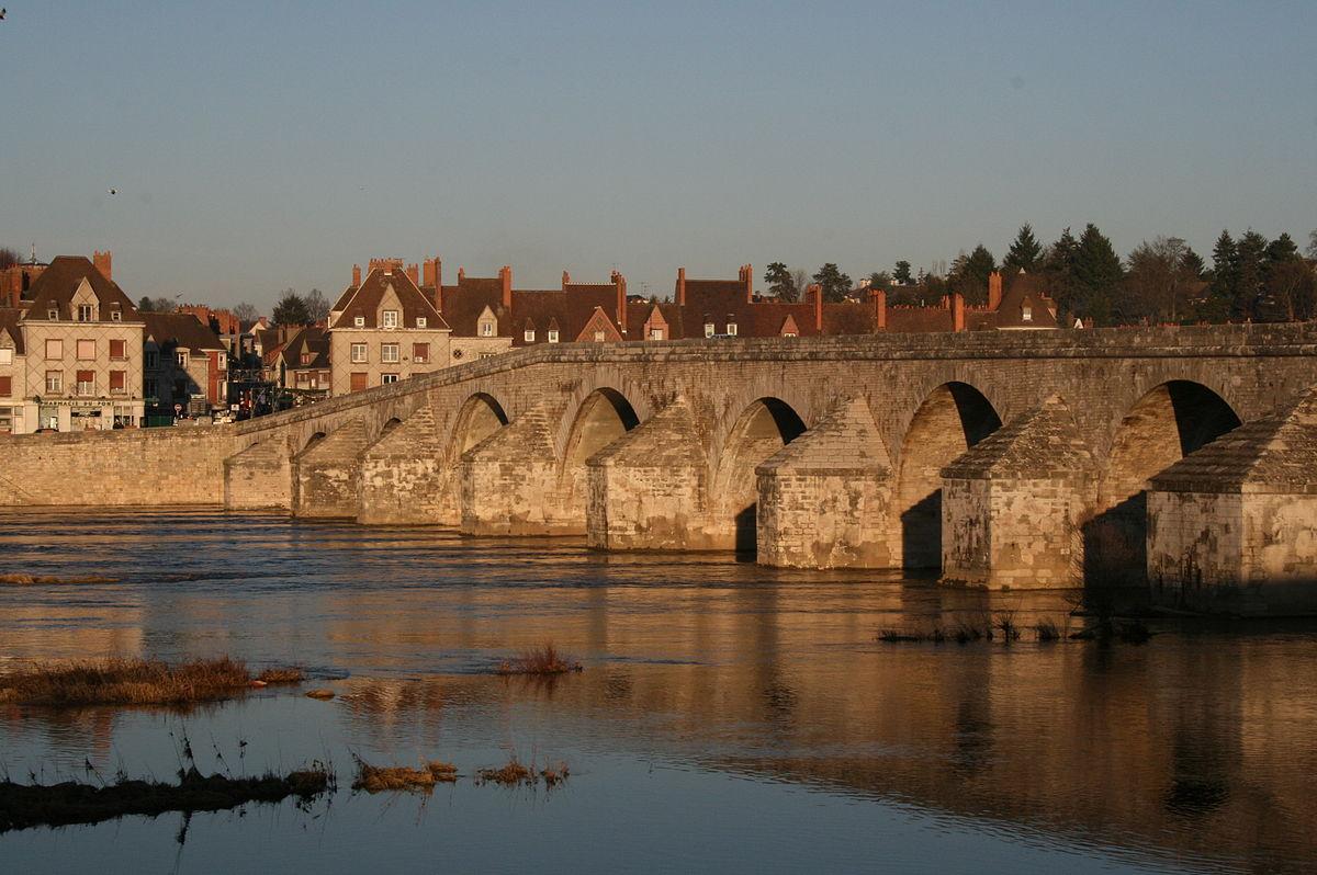 Vieux pont de gien wikip dia - Office du tourisme de gien ...