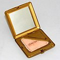 Vintage Clarice Jane Women's Powder Compact, Measures 2.25 Inches Square, Made In USA, Circa 1930s (40021564291).jpg