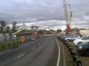 Walton Bridge - The sixth bridge during construction in November 2012