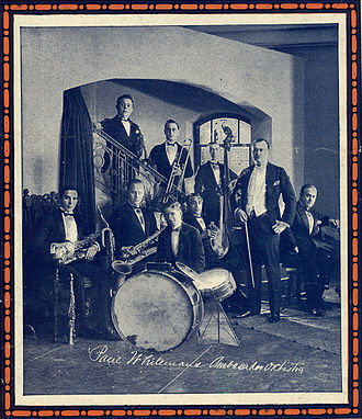 Big band - Paul Whiteman and his orchestra in 1921. Whiteman's principal arranger, Ferde Grofé, is seated at the piano to the right. Photo is from sheet music cover in the collection of Fredrik Tersmeden (Lund, Sweden).