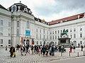 Wien Hofburg Nationalbibliothek-02.jpg