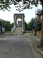 Wilford Suspension Bridge - geograph.org.uk - 985322.jpg