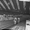 Zesdaagse wielrennen RAI Amsterdam, tweede dag. Koppel Duyndam-Eugen in aktie, Bestanddeelnr 923-0703.jpg