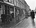 Zwarte handel razzia Den Haag, Bestanddeelnr 901-2127.jpg