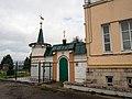 Ворота Троицкого Монастыря, Чебоксары.jpg