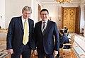 Дмитрий Песков (пресс-секретарь президента Российской Федерации) и Берик Уали.jpg