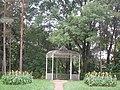 Курортный парк (Ставропольский край, Кисловодск, по долине р. Ольховки,беседка.jpg