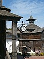 Новгород-Сіверський. У Спасо-Преображенському монастирі з видом на північну вежу..JPG