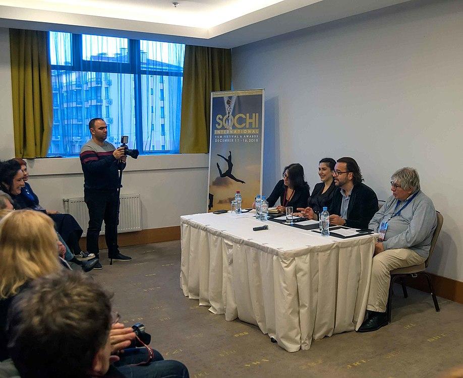 Пресс-конференция члена жюри SIFFA, продюсера Пола Эндрюса (Великобритания) 01.jpg