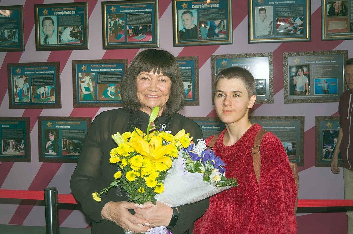 Церемония закладки звезды Мохи Кандур и Ларисы Лужиной 11.jpg