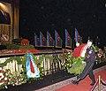 Церемония прощания с Гейдаром Алиевым. Возложение венка.jpg