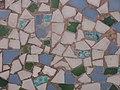 021 Casa al carrer de França, 22 (Sant Antoni de Vilamajor), trencadís sota el balcó.jpg