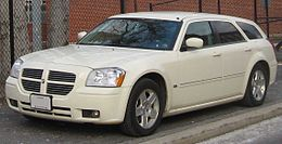 Una Dodge Magnum SXT seconda serie