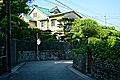 050427 Old Chapman House Shingu Wakayama pref Japan01s.jpg