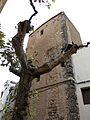 099 Casa dels Torrells, c. Mare de Déu de la Roca (Mont-roig del Camp), torre de la muralla.jpg