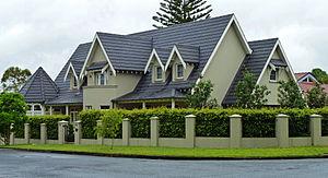 East Killara - House, 100 Springdale Road