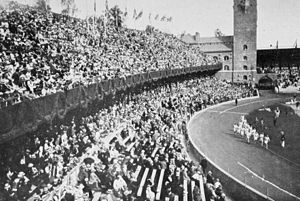 Athletics at the 1912 Summer Olympics – Men's 3000 metres team race - The final under way