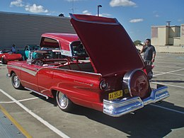 1957 Ford Fairlane 500 Skyliner (5201294366).jpg