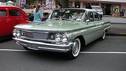 Pontiac Catalina four-door Sedan (1960)